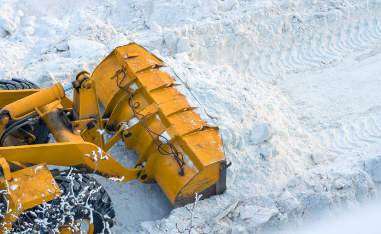 Snow Clearing & Gritting